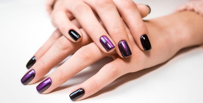 POPUST: 67% - Ugradnja noktiju tipsama ili produljivanje s geliranim frenchom ili trajnim lakom za samo 99 kn! (Devini Nails)