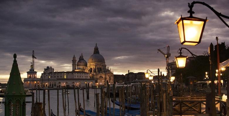 Otoci lagune i Duhovi Venecije - cjelodnevni izlet s prijevozom za 209 kn!