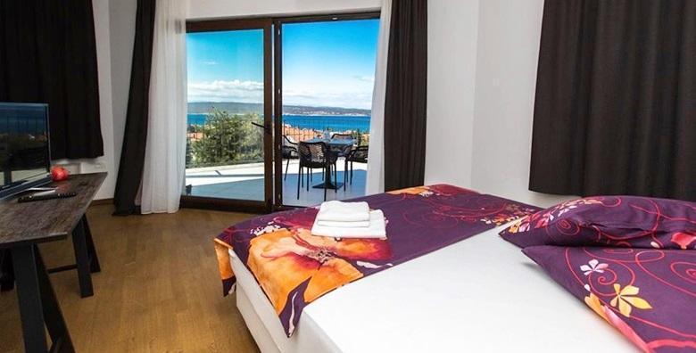 [SELCE] 1 ili 2 noćenja s doručkom ili polupansionom za dvoje u luksuznim sobama Pansiona Preza 4* - otkrijte ovo simpatično mjesto već od 399 kn!