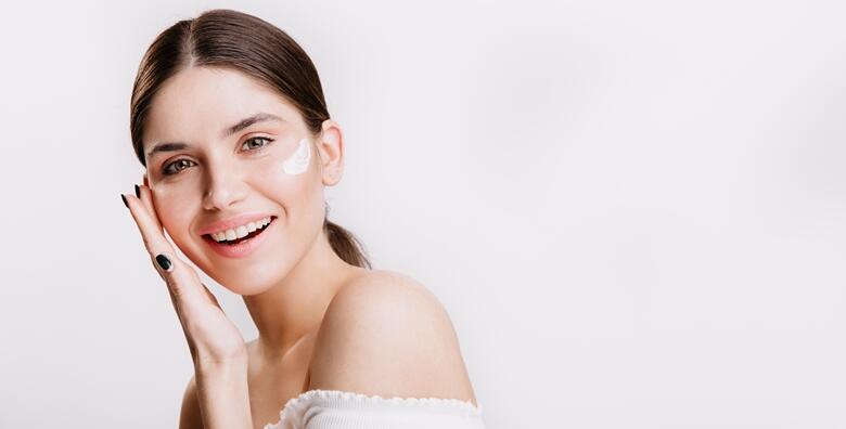 Uklanjanje akni Bio Laserom - 1 ili 3 tretmana u Studiju ljepote Manuela od 150 kn!