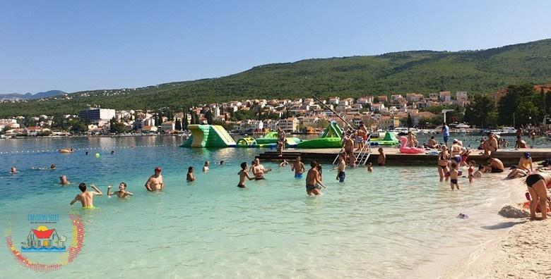 POPUST: 38% - SELCE Uživajte u top terminima u 9. mjesecu tik do glavne gradske plaže - 1, 2 ili 5 noćenja s polupansionom za dvoje već od 349 kn! (Pansion Selce)