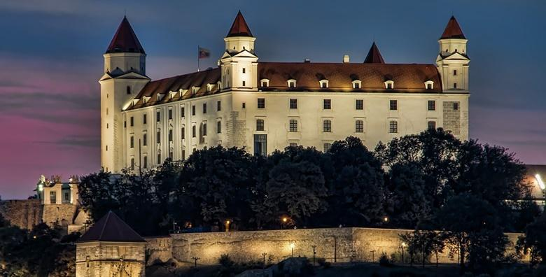 Advent u Bratislavi i posjet tvornici čokolade Hauswirth - garantirani polazak 7.12. za 265 kn!