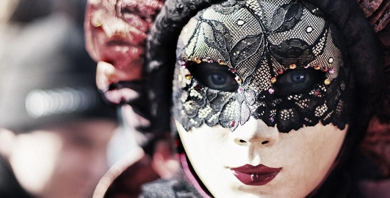 Doživite Karneval u Veneciji - uživajte u šarenilu i zaplešite pod maskama za 550 kn!