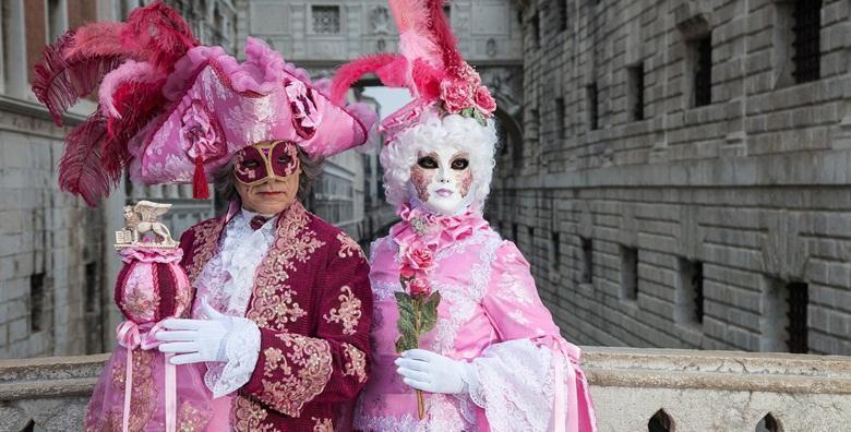 KARNEVAL U VENECIJI - sudjelujte na spektakularnom događaju koji okupira cijeli grad i oduševite se slikovitim maskama koje ćete sretati na ulicama za 224 kn!