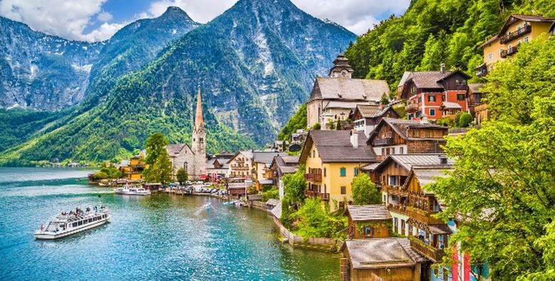 Uživajte u nezaboravnom pogledu na austrijske Alpe i ledenjačka jezera s Vidikovca 5 prstiju i oduševite se gradićem Hallstattom za 274 kn!