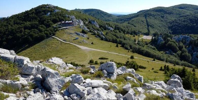 Sjeverni Velebit - prošetajte Premužićevom stazom uz cjelodnevni izlet s prijevozom za 189 kn!