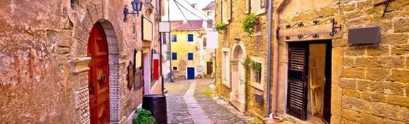 Posjetite najljepšu dionicu atraktivne Parenzane, uživajte u pješačkoj avanturi od Grožnjana do Livada, malog mjesta u srcu doline rijeke Mirne za 189 kn!