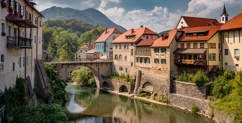 SLOVENIJA - posjetite jedan od najočuvanijih srednjovjekovnih gradića Škofja Loku i slikoviti grad Kranj, kulturno srce slovenskih alpi za 169 kn!