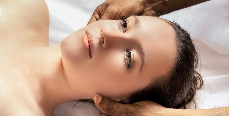 Aromaterapija lica s eteričnim uljima u trajanju 30 minuta u Kozmetičkom studiju Lu za 69 kn!