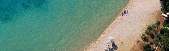 [OTOK PAG] Sunce, more i party - recept za savršen odmor s ekipom! 1 noćenje  za 2 do 4 osobe u apartmanu 3* tik do plaže i blizu Zrća za samo 249 kn!