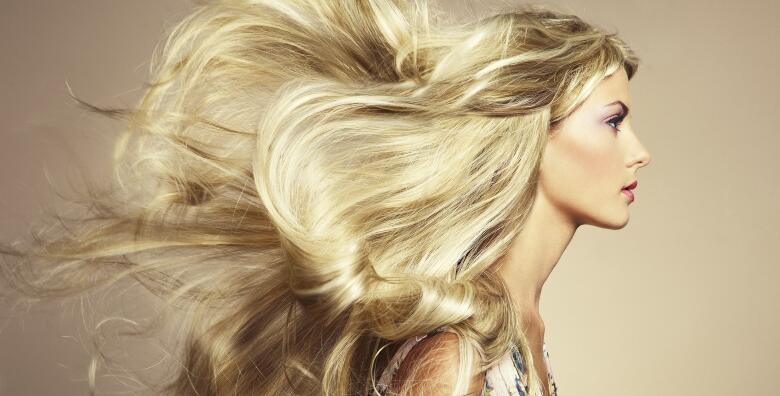 Potpuni tretman svoje kose uz pramenove, šišanje, masku, preljev i frizuru u Salonu S za 189 kn