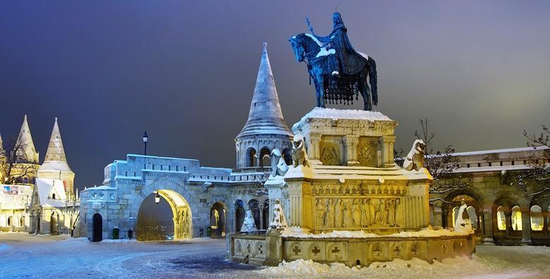 Advent Budimpešta! Uživajte u božićnoj atmosferi na obalama Dunava i poznatim slasticama slastičarnice Gerbeaud za 229 kn!