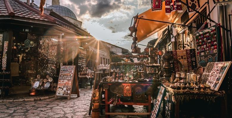 Sarajevo - za dan žena doživite čari grada na Miljackoj uz  nezaobilazan posjet prekrasnom ambijentu Vrela Bosne za 420 kn!