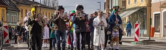 Karneval u Lovranu - budite dio 53. međunarodne povorke uz tisuće maškara i gledatelja te tradicionalne predstavnike lovranskih karnevalskih grupa za 109 kn!