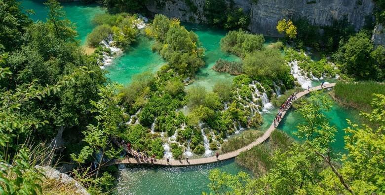 NP Plitvička jezera - cjelodnevni izlet s ulaznicom i prijevozom za 189 kn!