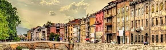 SARAJEVO, TRAVNIK I JAJCE - posjetite povijesnu Baščaršiju uz 1 noćenje s doručkom u hotelu 4* te uživajte u bosanskim specijalitetima i turskoj kavi uz posjet Jajcu za 479 kn!