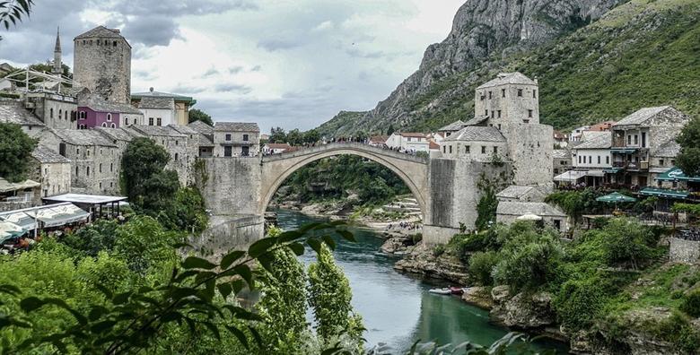 Mostar 3* - 2 noćenja za dvoje u apartmanu nekoliko koraka od čuvenog Starog mosta za 450 kn!