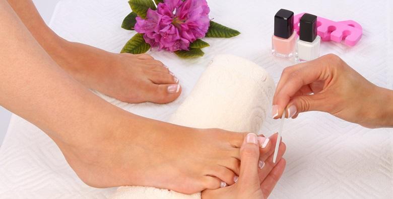 Medicinska pedikura i klasično lakiranje u Beauty salonu 4U za samo 98 kn!