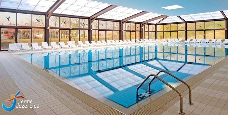 [TERME JEZERČICA] 1 noćenje s polupansionom za 2 osobe uz neograničeno korištenje unutarnjih i vanjskih bazena i fitnessa uz popuste na masaže za 499 kn!