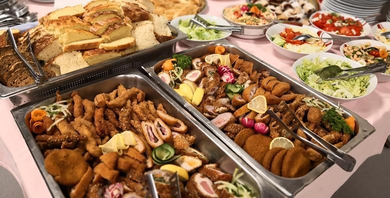 Švedski stol - nedjeljom uživajte u velikom izboru jela