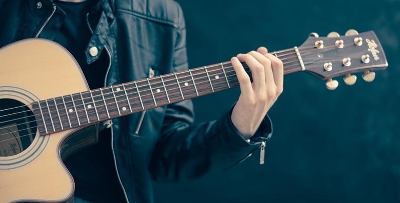POPUST: 40% - GITARA- individualni tečaj u trajanju 4 ili 8 školskih sati uz uključene instrumente i materijale u Gitarskoj školi u centru grada od 209 kn! (Gitarska škola)