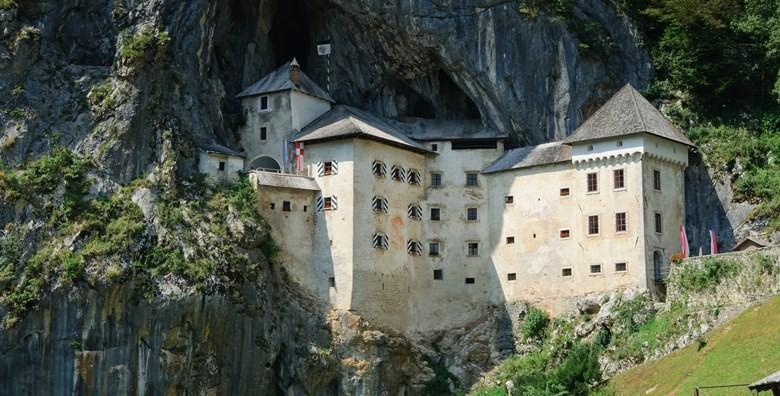 Ponuda dana: Postojnska jama i Ljubljana - otkrijte podzemni svijet poznate spilje i posjetite Predjamski dvorac uz uključen prijevoz za 155 kn! (Smart TravelID kod: HR-AB-01-070116312)