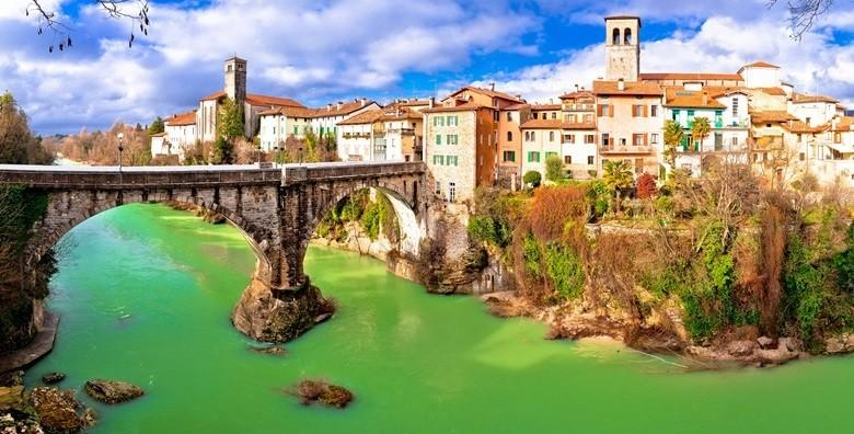 Ponuda dana: ITALIJA Posjetite neodoljive talijanske gradiće koji će vas oduševiti svojom arhitekturom i poviješću te se prepustite okusima najpoznatijih pršuta za 220 kn! (Smart TravelID kod: HR-AB-01-070116312)