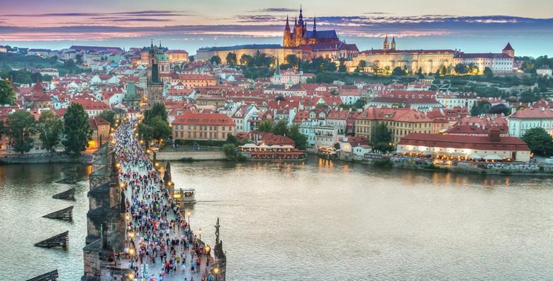 Dan žena u Prag - 1 noćenje s doručkom i prijevozom za 660 kn!