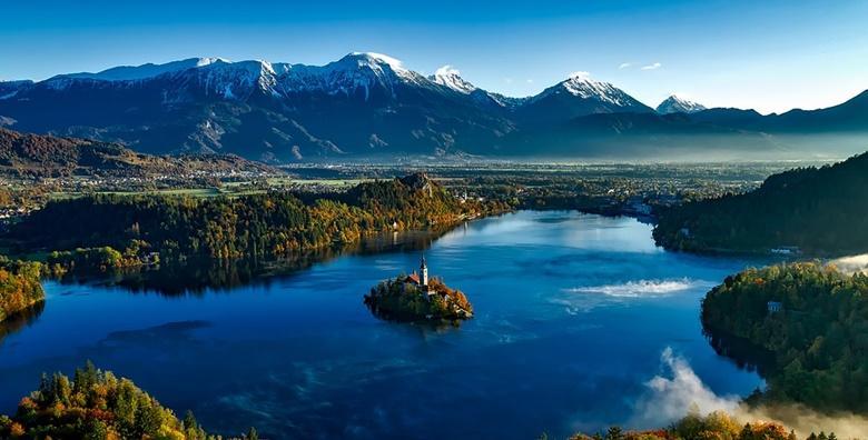 Ponuda dana: BLED Posjetite popularno turističko mjesto susjedne Slovenije i uživajte u prirodnim ljepotama Bledskog jezera i kanjona Vintgar za 150 kn! (Smart TravelID kod: HR-AB-01-070116312)