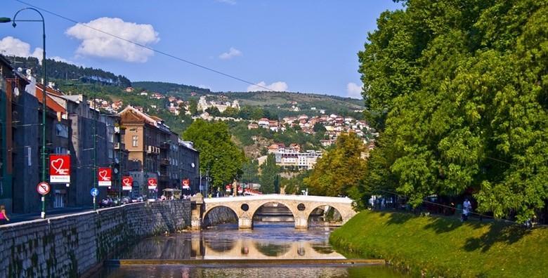 Sarajevo i Jajce - 2 dana s doručkom u hotelu**** i prijevozom za 419 kn!