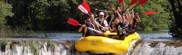 RAFTING NA MREŽNICI - doživi navalu čistog adrenalina u nezaboravnom spustu rijekom uz uključenu opremu i skipera s iskustvom za 149 kn!