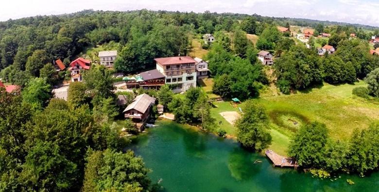 POPUST: 56% - MREŽNICA - odmor za dušu u Zelenom kutu 3* uz samu rijeku,  1 noćenje s doručkom za dvoje uz korištenje kanua i bicikla od 399 kn! (Zeleni kut 3*)