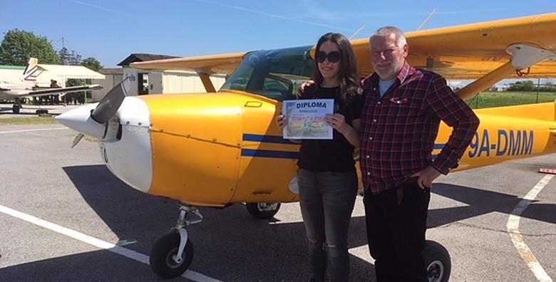 Ponuda dana: Postani pilot na jedan dan uz program za početnike! Tečaj uključuje čak 30 minuta leta u avionu s instruktorom i 90 minuta teorije za 649 kn! (ECOS pilot school)
