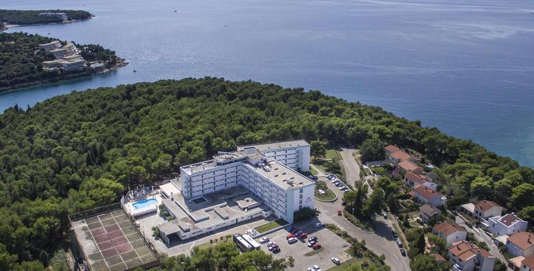 Ponuda dana: PULA 2, 3, 5 ili 7 noćenja s polupansionom za dvoje u Hotelu Pula*** nadomak plaže i centra grada od 1.165 kn! (Hotel Pula***)