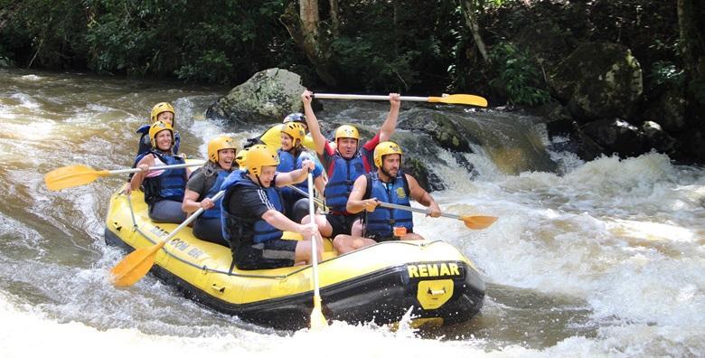 Rafting na rijeci Tari ili jeep safari - 2 noćenja za jednu osobu kroz CIJELU SEZONU od 341 kn!
