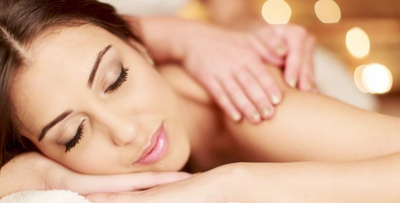 Ponuda dana: 2 masaže leđa u salonu Golden Beauty za samo 99 kn! (Salon Golden Beauty)