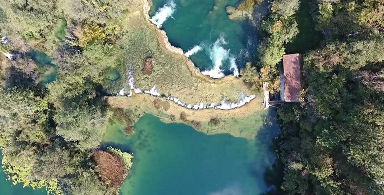 Mrežnica - najam kuće tik do rijeke na 2 noćenja za 2 - 6 osoba + korištenje kanua za 1.575 kn!