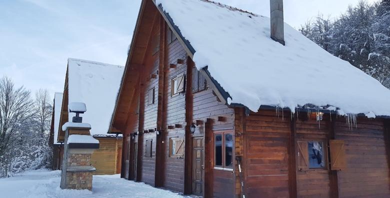 POPUST: 63% - BJELOLASICA Napunite baterije na najvišoj planini Gorskog kotara! 2 noćenja za 2 do 5 osoba u drvenoj planinskoj kući*** za samo 599 kn! (Planinska kuća Bjelolasica***)
