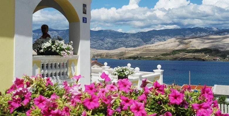 Pag - ljetovanje na jednom od najatraktivnijih hrvatskih otoka uz 5 ili 7 noćenja za do 4 osobe u apartmanu Ville Ana 3* od 1.799 kn!