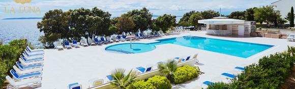 Pag, La Luna Hotel 4* - 1 noćenje za 2 osobe s polupansionom uz neograničeno korištenje unutarnjeg bazena i sauna za 547 kn!