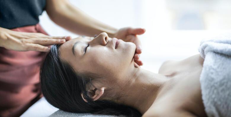 Indijska masaža glave - riješite se napetosti u tijelu i smanjite razinu stresa za samo 90 kn!