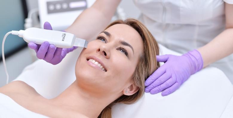 MEGA POPUST: 72% - Ultrazvučni piling - neagresivno dubinsko čišćenje kože i relaksirajuća masaža lica, vrata i dekoltea za samo 99 kn! (Adora Beauty Retreat)