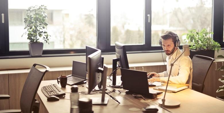 POPUST: 63% - CUSTOMER CARE SPECIALIST Steknite znanja i vještine u području rada s korisnicima, jednom od najatraktivnijih zanimanja - online tečaj za 799 kn! (Proficiens komunikacije d.o.o.)