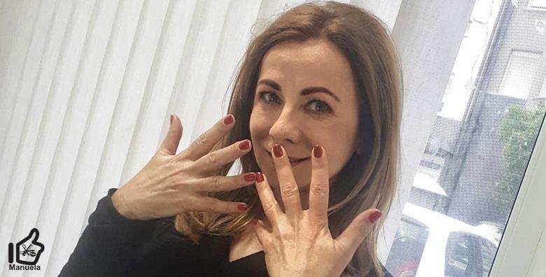 POPUST: 55% - Ruska manikura, trajni lak Cuccio Veneer i parafinska kupka - odaberite svoju savršenu boju između čak 100 različitih i uživajte u manikuri koja traje tjednima! (Studio ljepote Manuela)