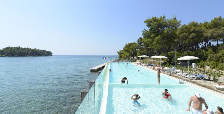 Ponuda dana: CRVENA LUKA HOTEL & RESORT 4* Odmor u rujnu na jednoj od najljepših lokacija Jadrana pokraj Biograda! 2 noći s polupansionom i wellnessom za dvoje za 1.927 kn! (Crvena Luka Hotel & Resort)