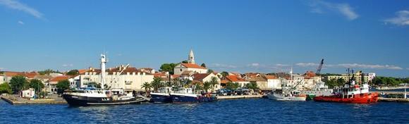 BIOGRAD NA MORU - doživite opuštenu predsezonu u Dalmaciji uz topla jutra i ugodne temperature u gradu bogate kulturne i gastronomske ponude od 320 kn!