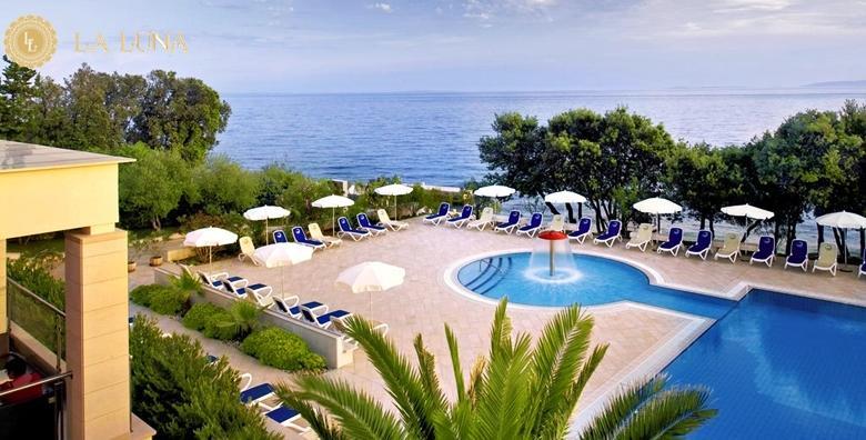 POPUST: 33% - Ljetovanje na Pagu! Luksuzni odmor u La Luna Island Hotelu 4* s privatnom plažom! 2 noćenja s polupansionom za dvoje po LAST MINUTE cijeni za 1.827 kn! (La Luna Island Hotel 4*)