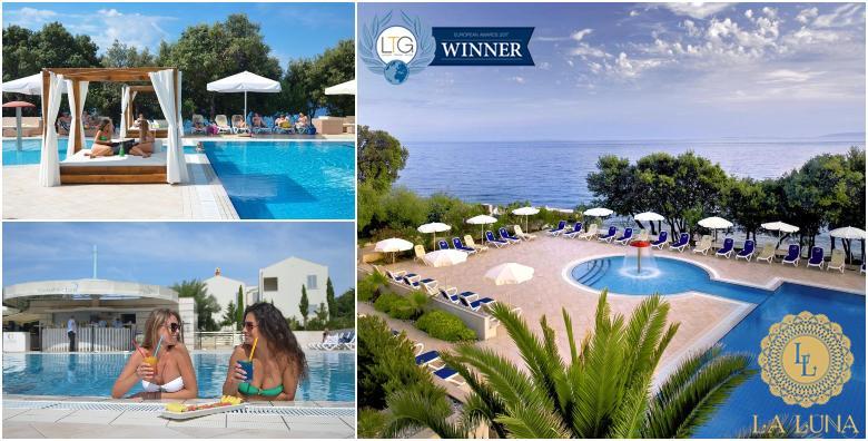 POPUST: 44% - PAG, LA LUNA ISLAND HOTEL 4* 1 ili 2 noćenja s polupansionom za dvoje uz neograničeno korištenje bazena - godišnji s daškom luksuza već od 667 kn! (La Luna Island Hotel 4*)
