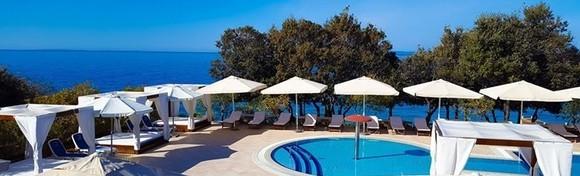 Pag, La Luna Hotel 4* - jedinstvena prilika za ljetovanje uz 2 ili 5 noćenja s polupansionom za dvoje i neograničenim korištenjem unutarnjeg bazena, fitnessa i sauna od 1.727 kn!