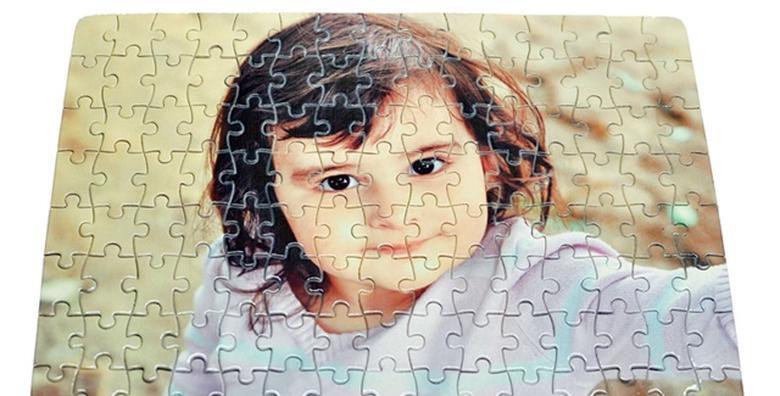 POPUST: 35% - Puzzle s fotografijom ili natpisom po želji - A4 formata sa 120 komada za 39 kn! (Domino Print Studio)